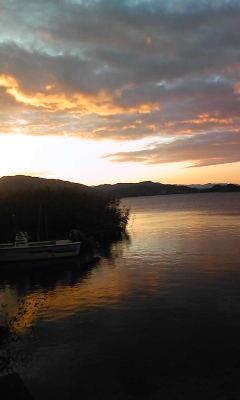 風強し西ノ湖